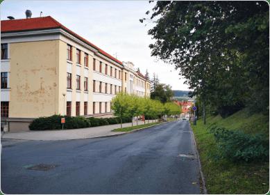 Vizualizace stromořadí vTalichově ulici před Gymnáziem